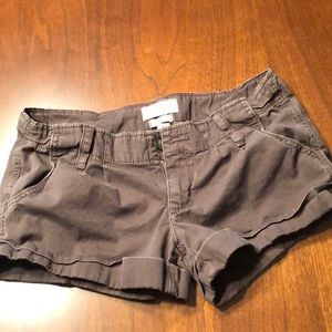 Hollister relaxed brown cargo shorts size 3